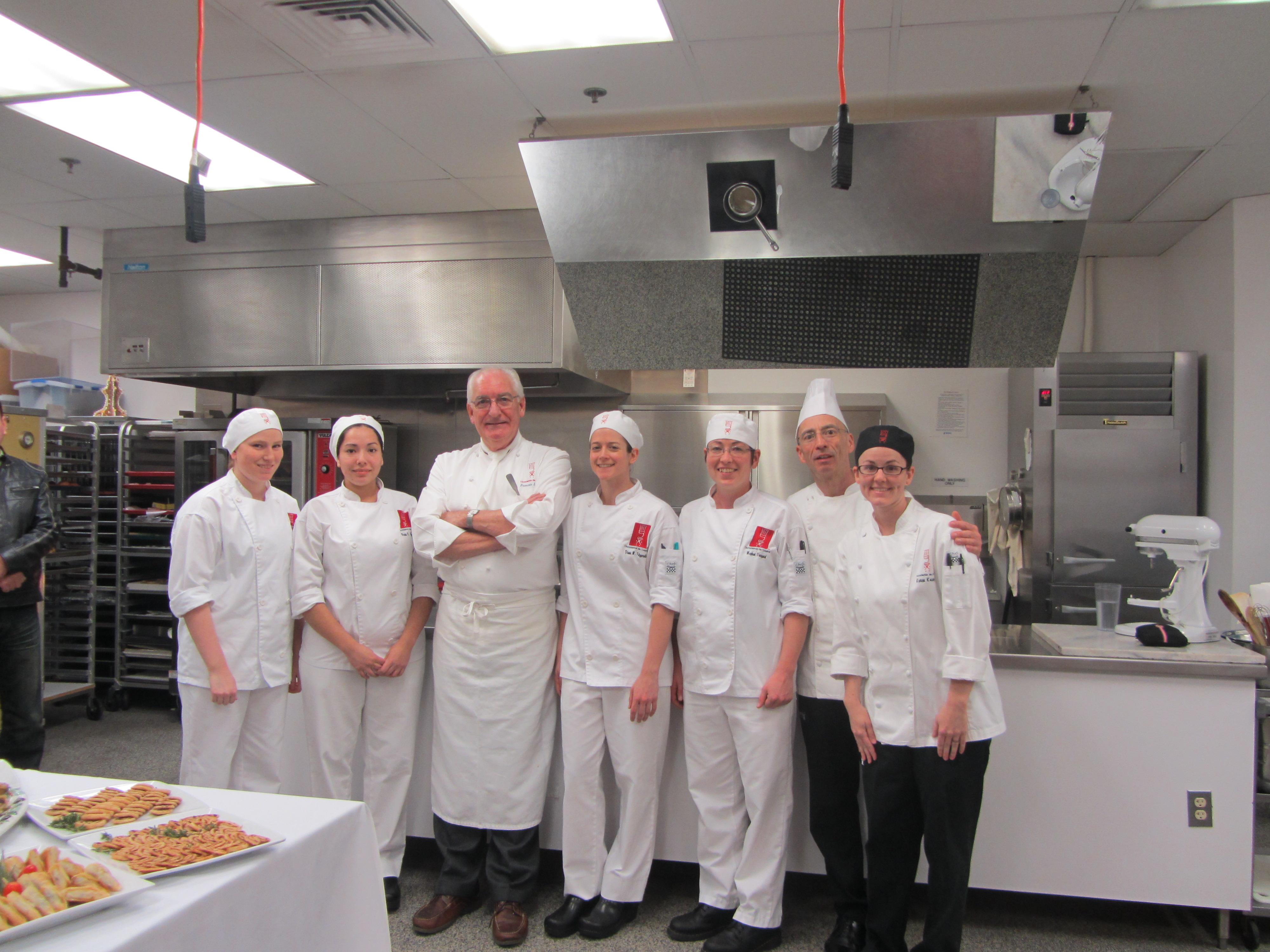Interview with pastry students l 39 academie de cuisine for Academy de cuisine
